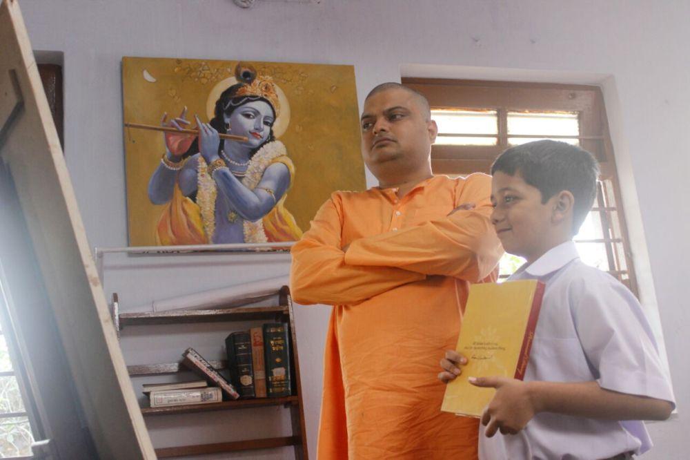 Beeley and Kanu Maharaj Bishwanath Basu Narendrapur Ramakrishna Mission Biler Diary Film 2017